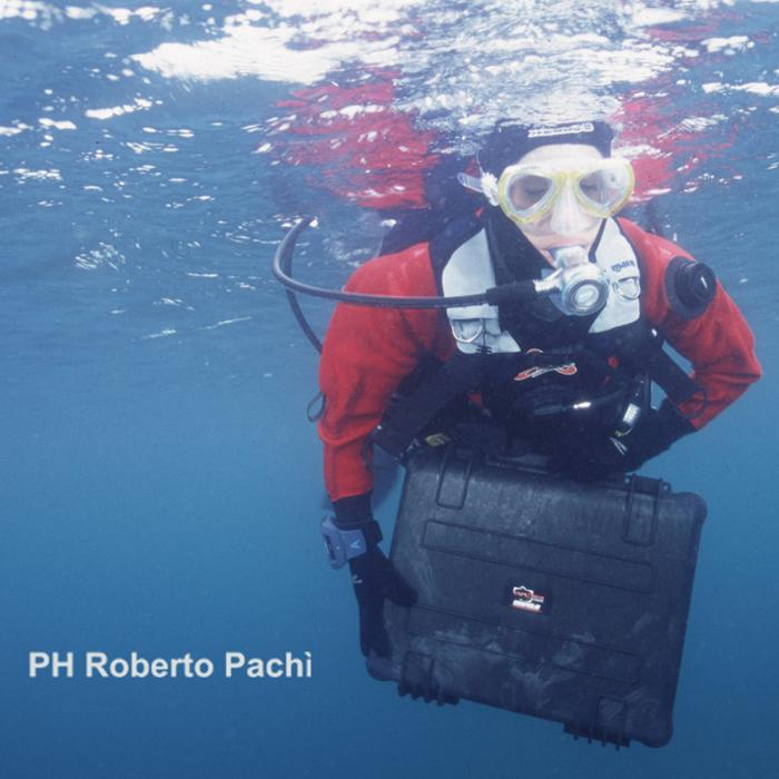 EXPLORER_4820_DIVERS_CASE