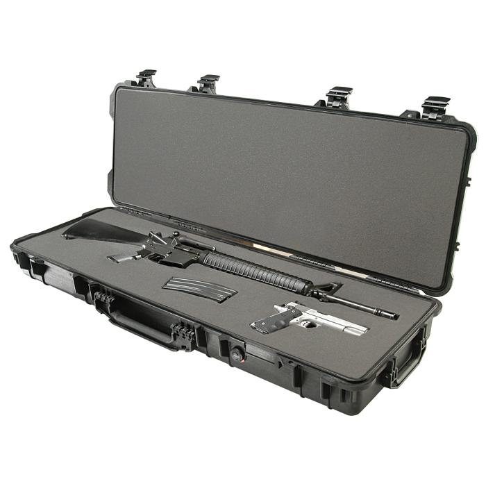 Pelican_1720_Protector_case_weapons