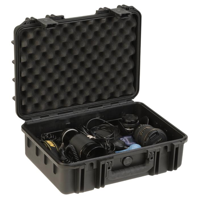 SKB_3I-1711-6_PELICAN_WATERTIGHT_CASE