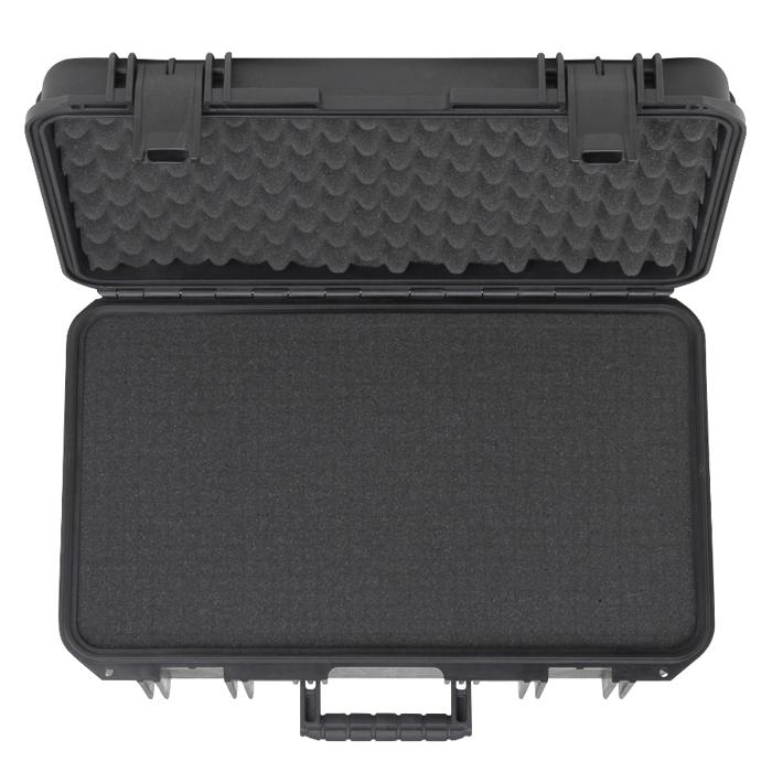 SKB_3I-2011-7_PELICAN_CARRY_ON_CASE