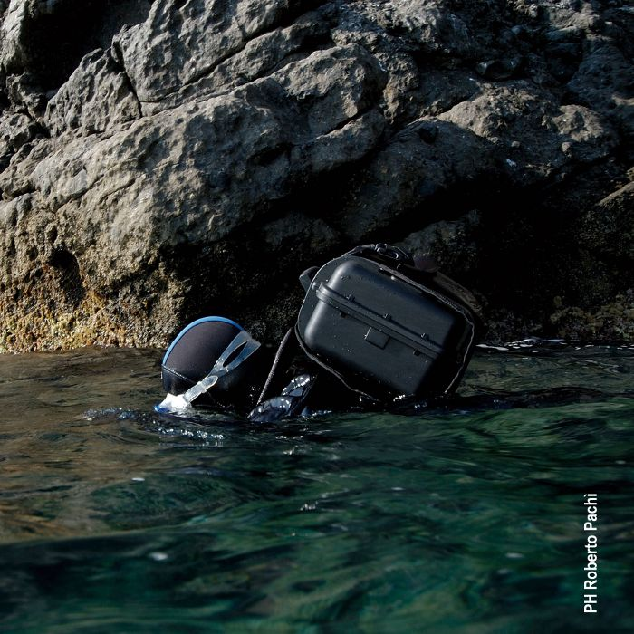 EXPLORER_BACKPACK-L_HARD_CARRY_CASE_SCUBA