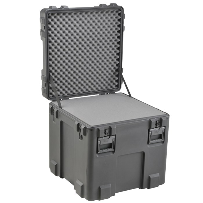 SKB_3R2727-27_HEAVY_DUTY_PELICAN_CASE
