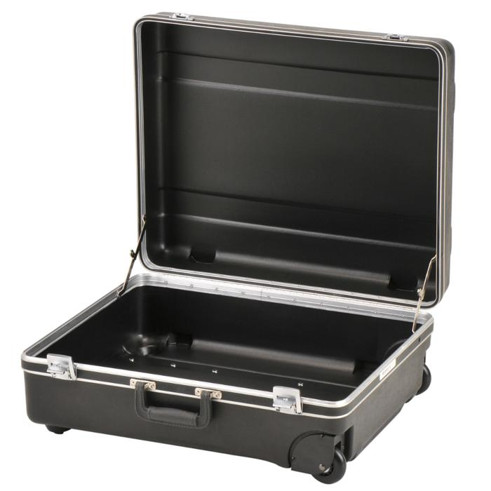 SKB_3SKB-2218MR_LOCKABLE_PLASTIC_WHEELED_CASE